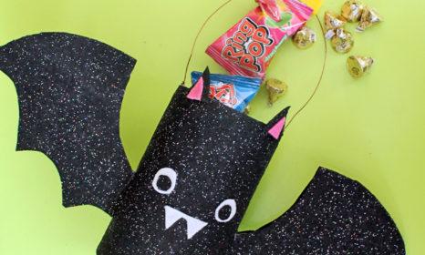 bat-trick-or-treat-tin-diy-8