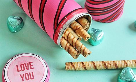 DIY Pirouline Cookie Valentine's Tins